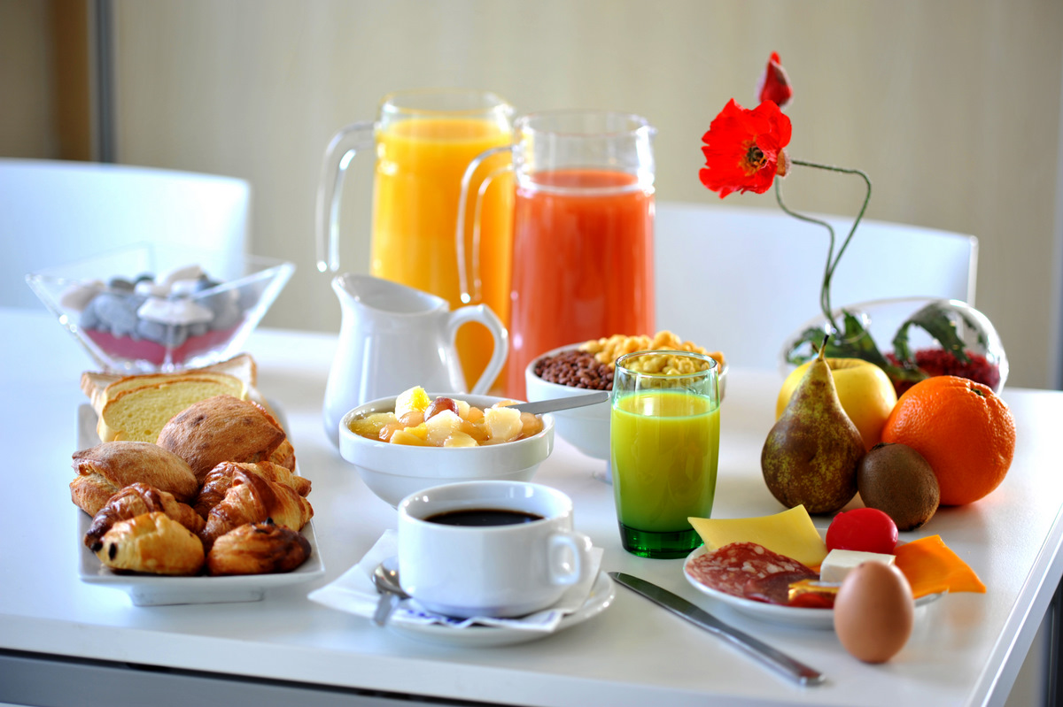 Pourquoi le petit d jeuner est si important et id es de for Petit dejeuner en amoureux maison