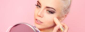Makeup Vlogger