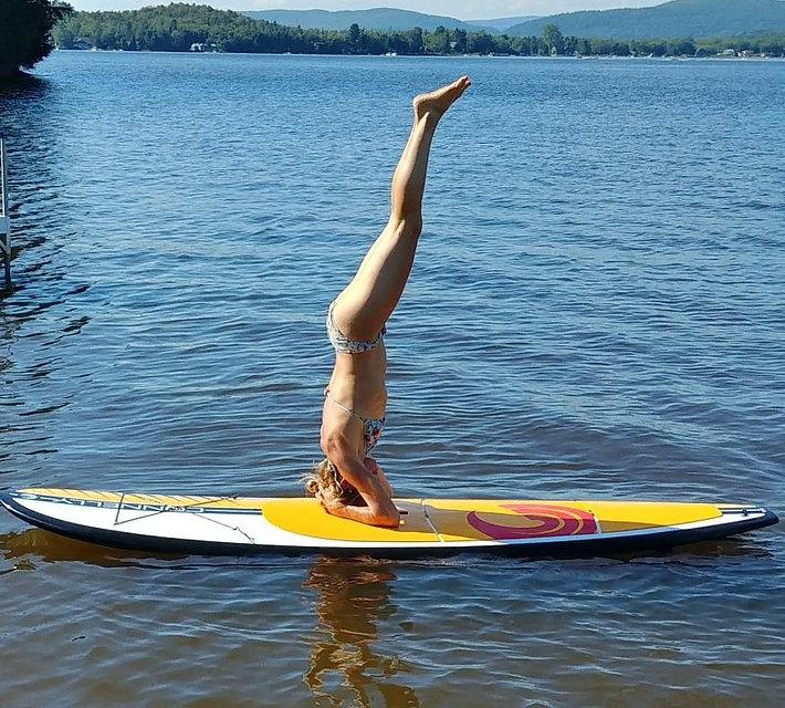 yoga planche.jpg