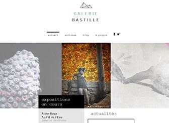Galerie d'Art Moderne Template - Créez votre propre œuvre d'art avec ce template de site Internet contemporain. Mettez en valeur vos derniers projets et exposez vos collections grâce à une superbe galerie d'images. Personnalisez le texte et téléchargez vos images afin d'attirer de nombreux visiteurs du monde entier !