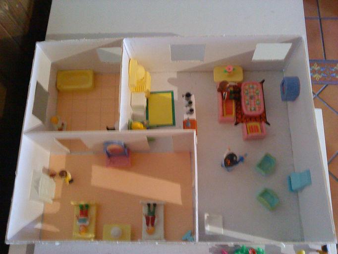 Maqueta de una casa de 70m2 for Cosas para amueblar una casa