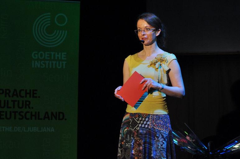 Katja Bradač: Karaoke 2012