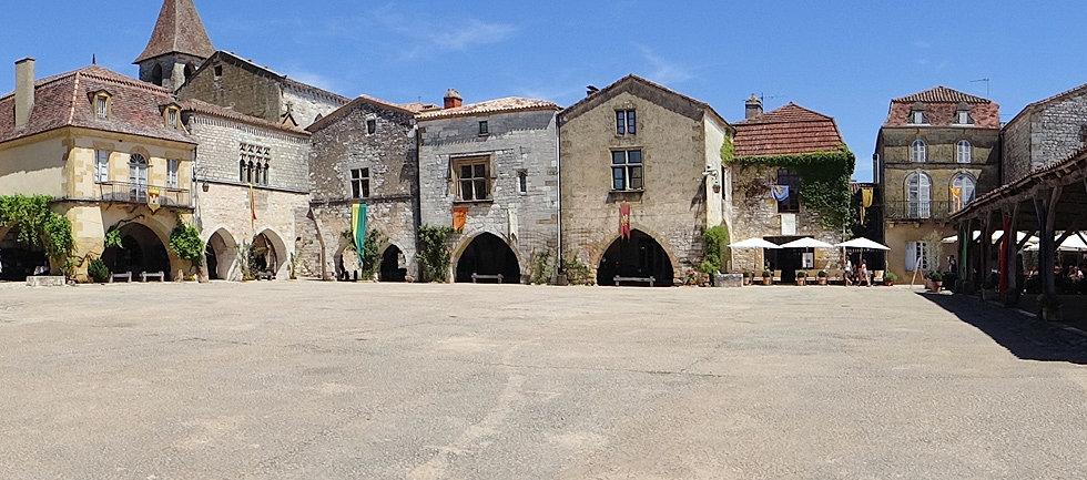 Hotel Restaurant Le Vert  Mauroux  Lot
