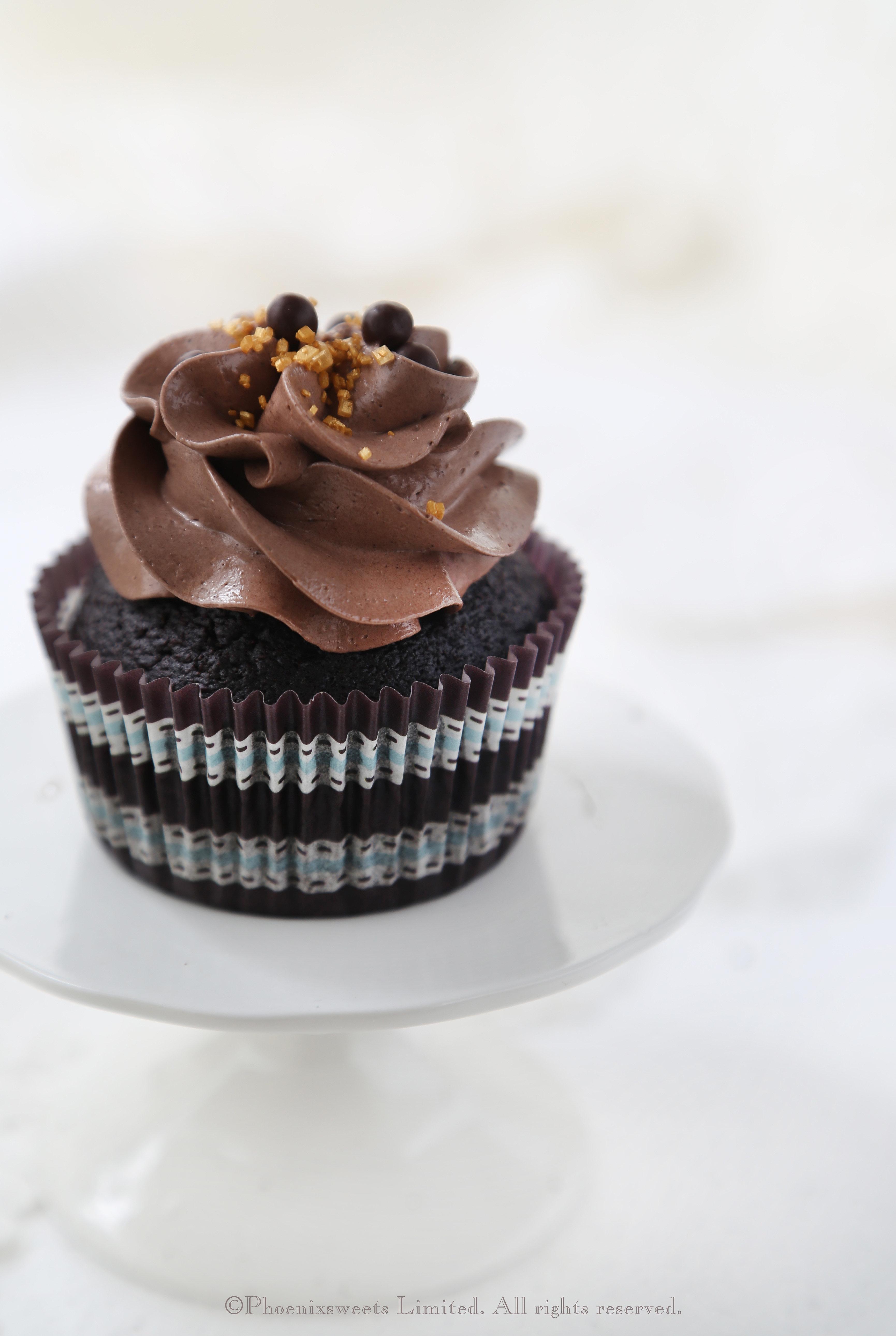 What Is Valrhona Chocolate Cake