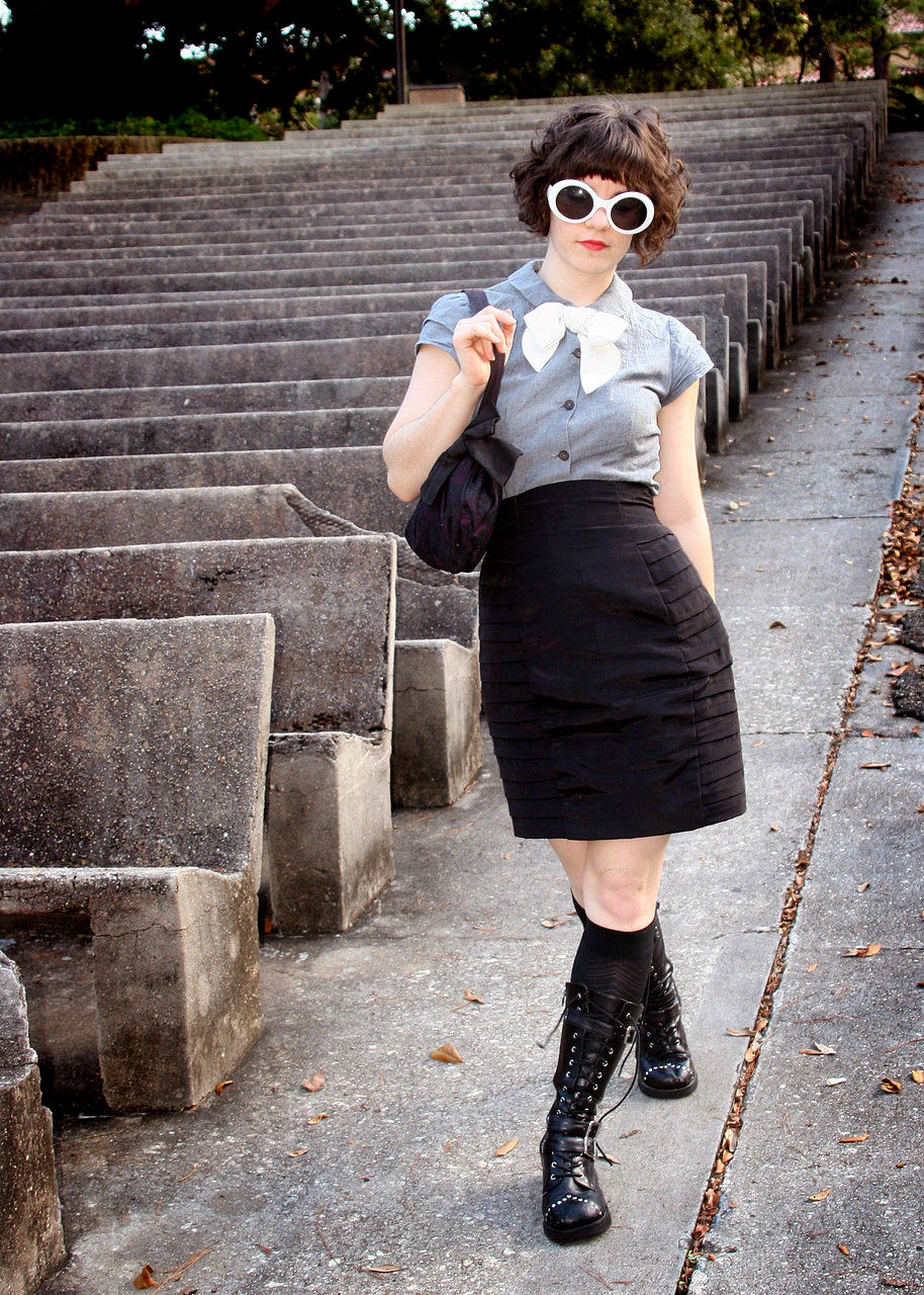 grey chambre double-capped sleeve blouse with pin tuck detail and white bow