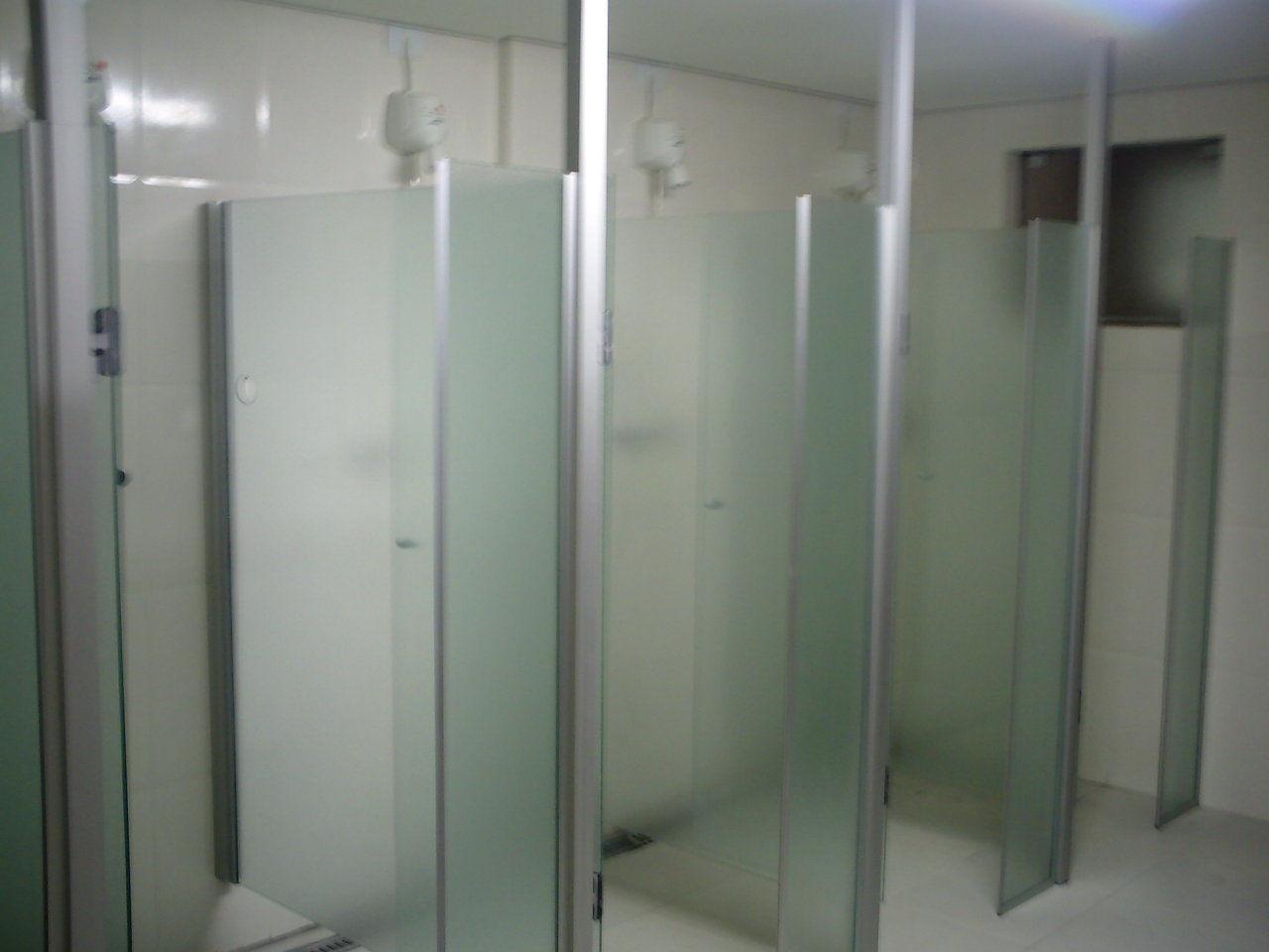 Comércio de Vidros Patriarca Vidraçaria Patriarca Patriarca Wix  #575E74 1280x960 Armario Banheiro Verde