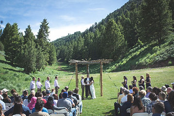 Wedding on lawn at Pine Creek Ski Area