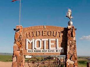 Hideout motel sign.jpg