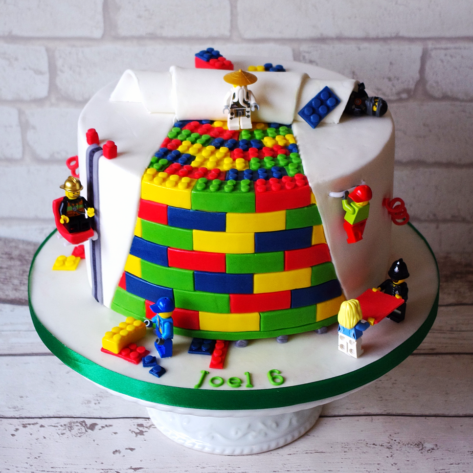 Lego Blocks Cake Design : Donna s Delicious Designs Birthday cake in Reading Cakes ...