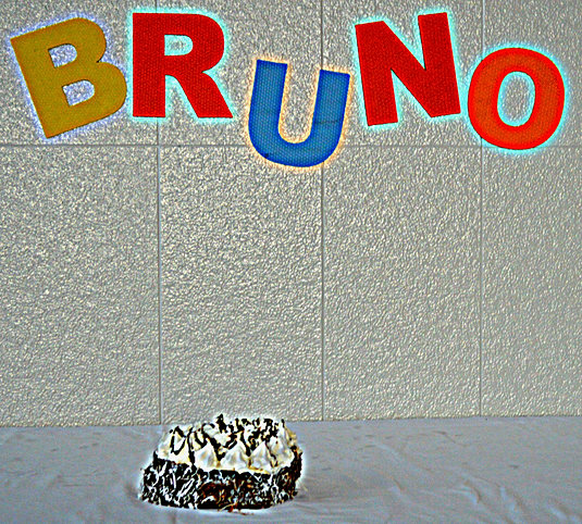 Smash The Cake - Bruno - Jul/2013