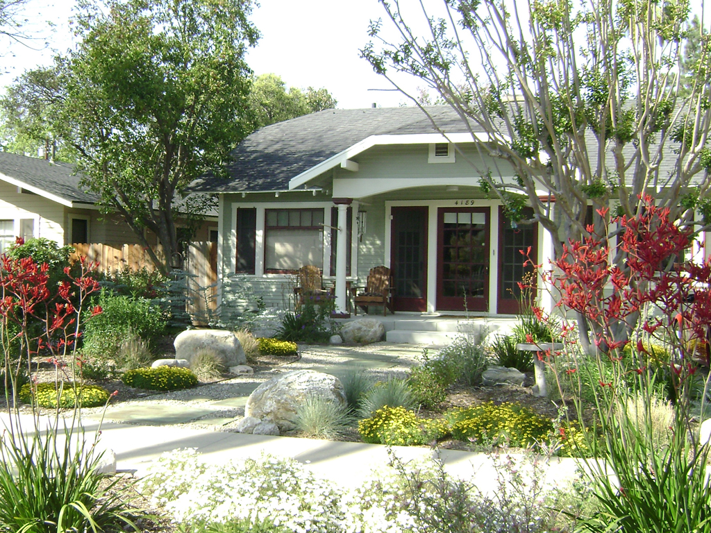 Useful Landscaping Ideas For The Front Yard Yard Garden