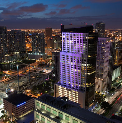 Brickell_night_view_from_Plaza_on_Bricke