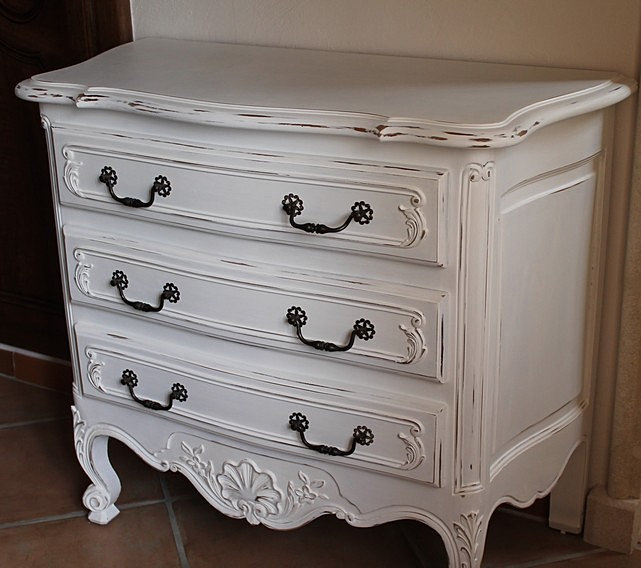lapaletteinsouciante commode blanche. Black Bedroom Furniture Sets. Home Design Ideas