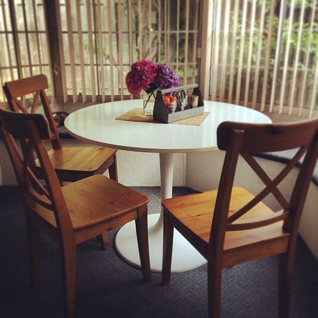Craigslist Find: Ikea Docksta Tulip Table | Tiffanystidings