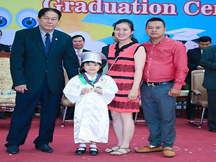 kd_graduation_4.jpg