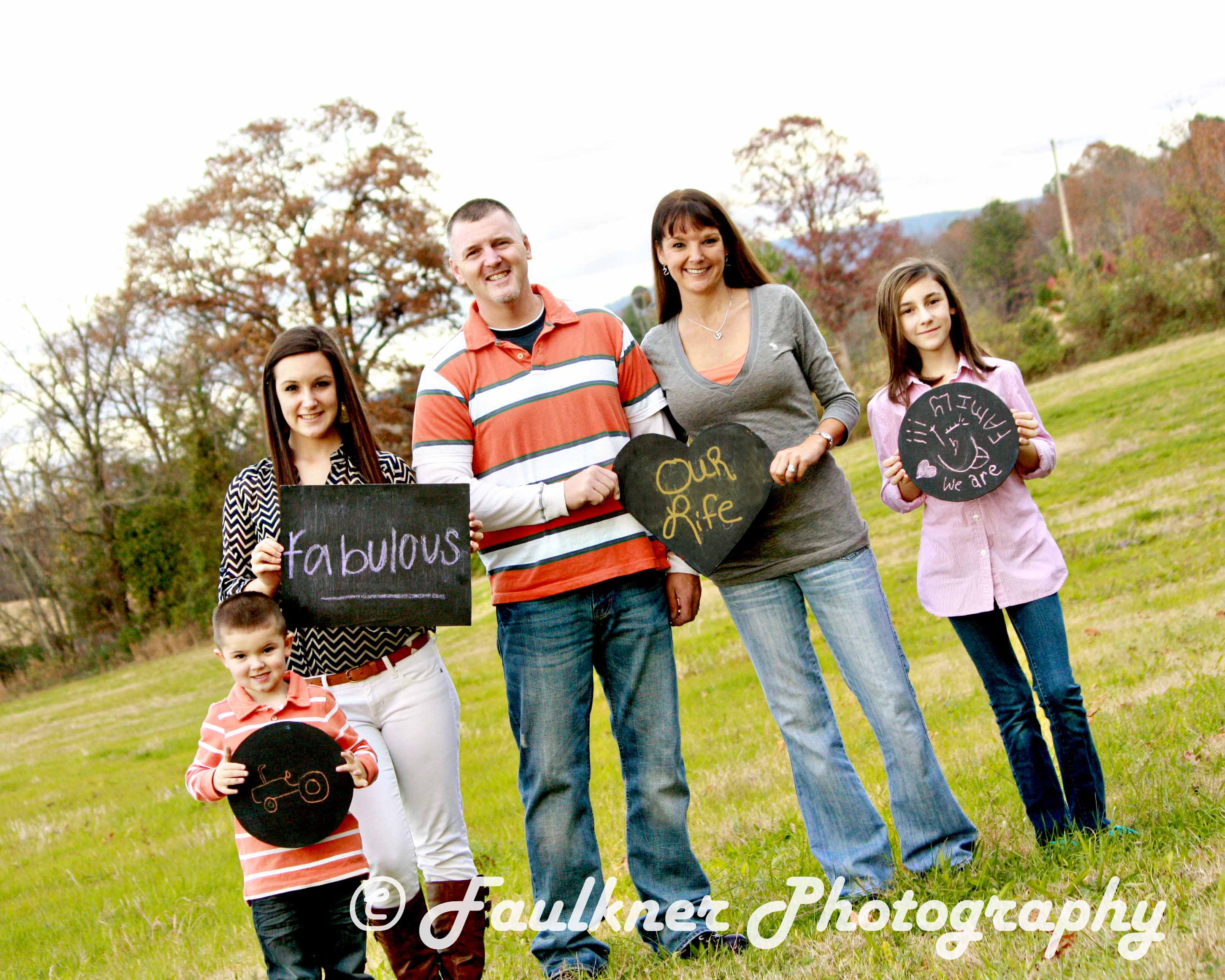Fun And Festive Fall Family Portrait Sessions