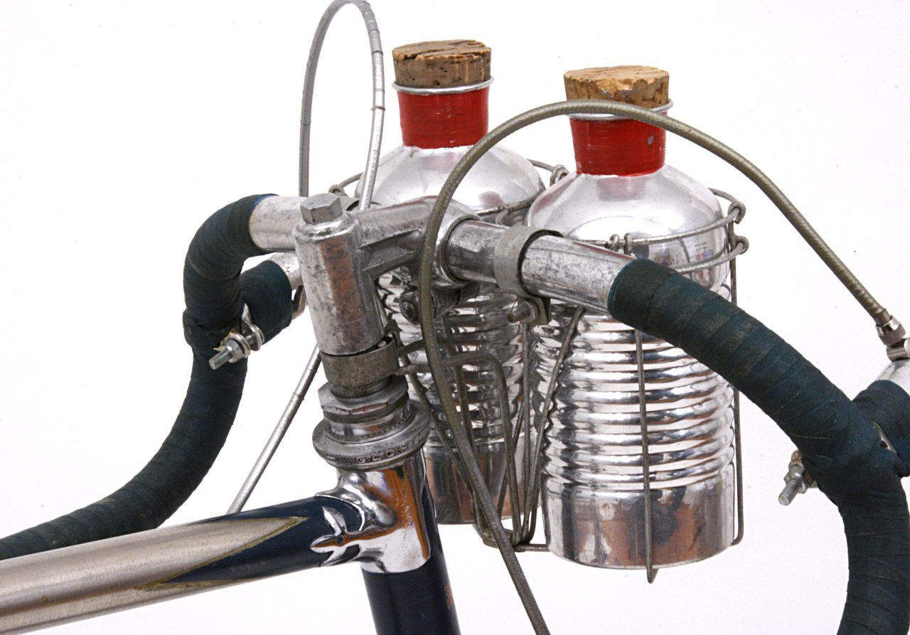 gloria top head lug, headset, bars, stem, bottles