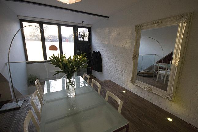 Louise begley interior design for Tara louise interior decoration design