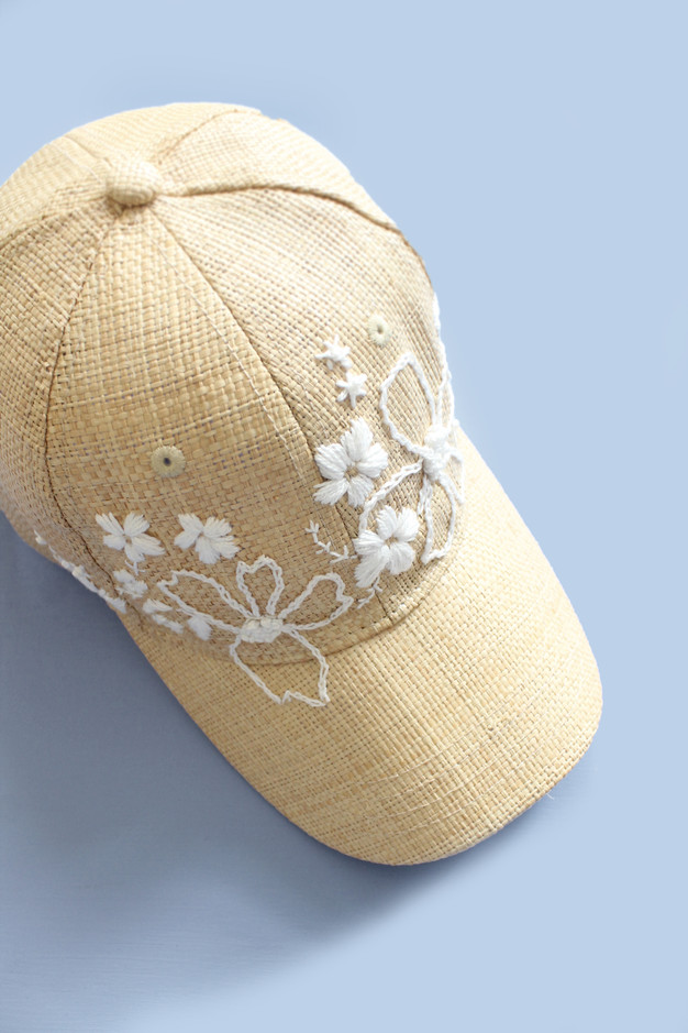 Make an embroidered baseball hat