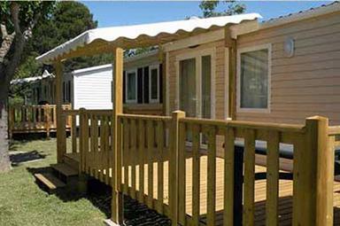 Mobilhome de ocasion terrazas de madera for Terrazas de madera para casas