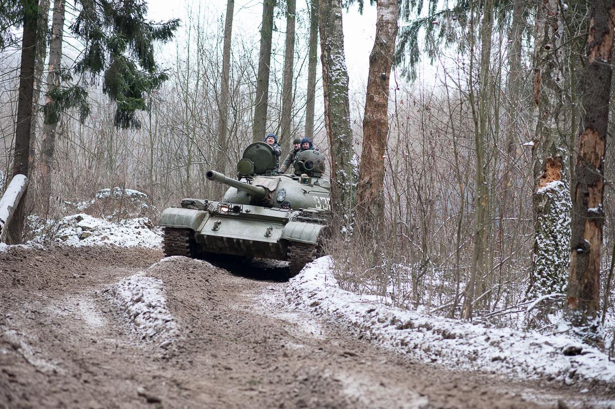 Подарок езда на танке 40