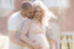 Couple bump shoot, outdoor maternity photographer gloucestershire