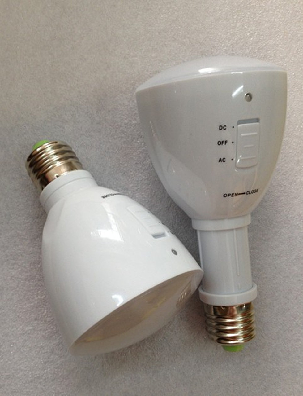 ampoule led n on led rechargeable aimant. Black Bedroom Furniture Sets. Home Design Ideas