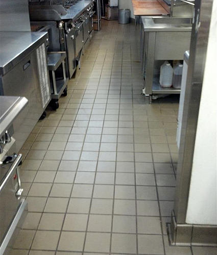 Kitchen and restaurant cleaning services in atlanta for Commercial bar flooring