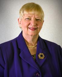 琳达布兰顿顾问在SC SBDC服务9年后退休