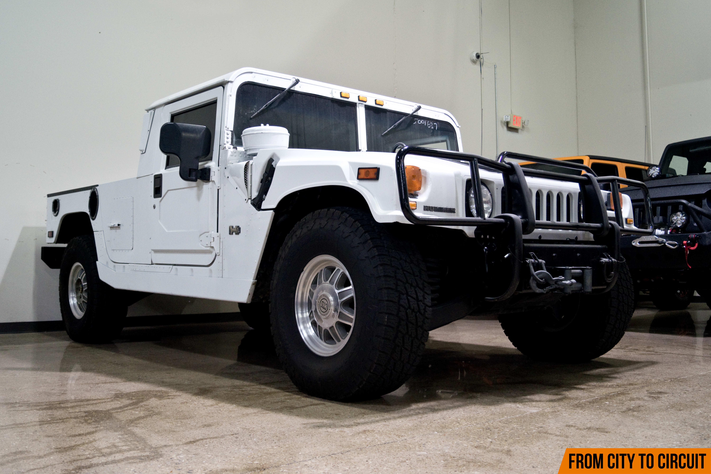 kevlar jeeps take the spotlight at dallas exotic car. Black Bedroom Furniture Sets. Home Design Ideas