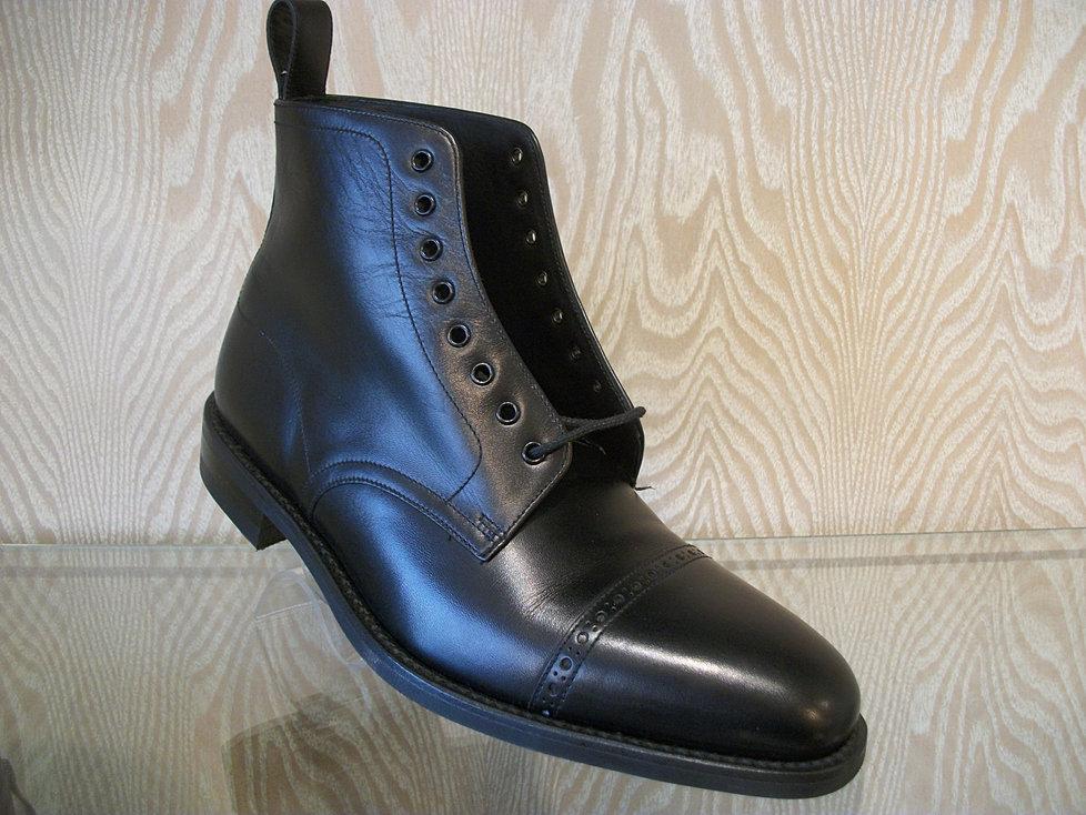 james shoes
