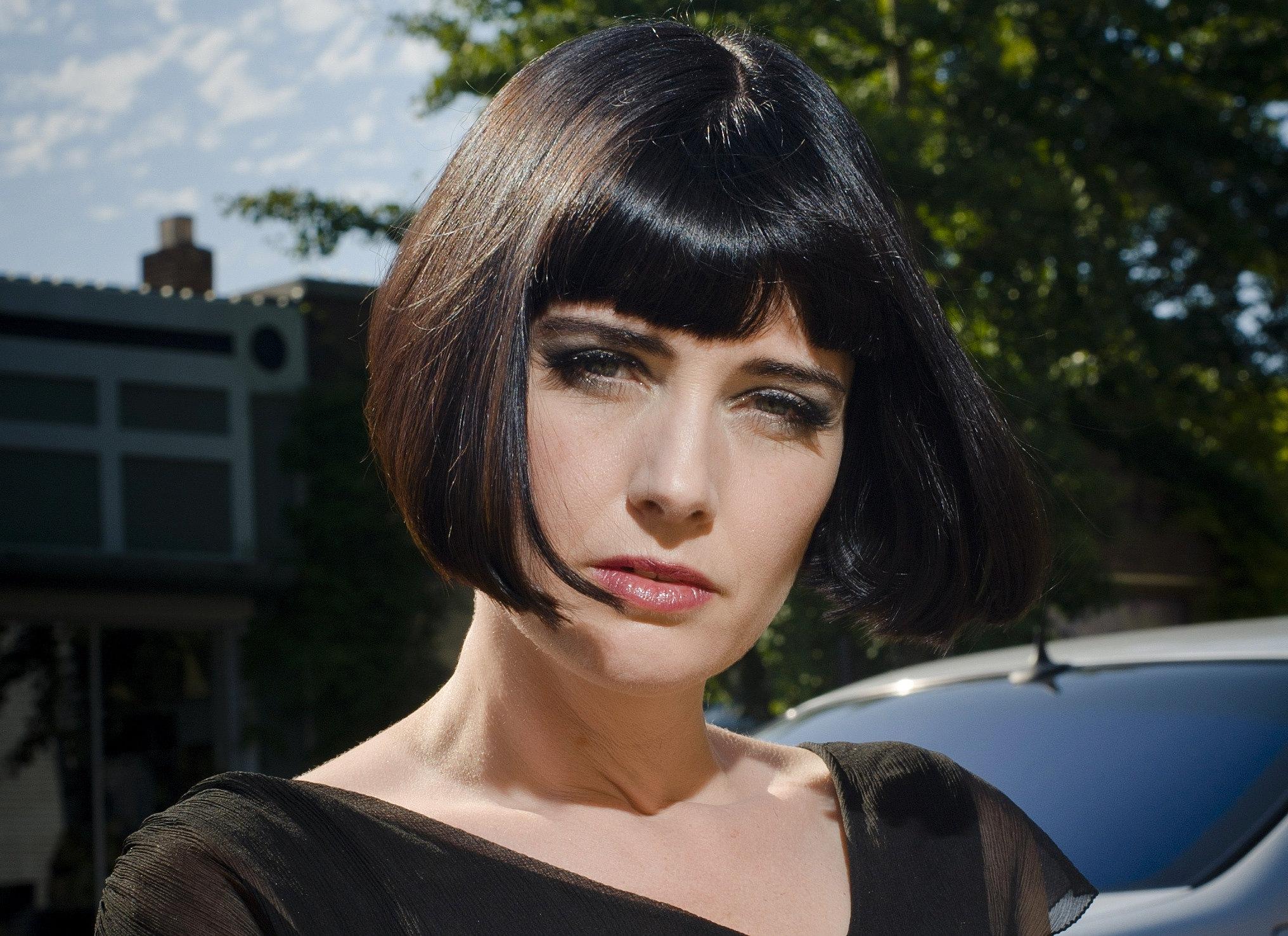Halo designs salon halo designs hair by charlene bancel for Halo salon vancouver