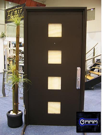 Emmm company puerta minimalista for Puerta minimalista