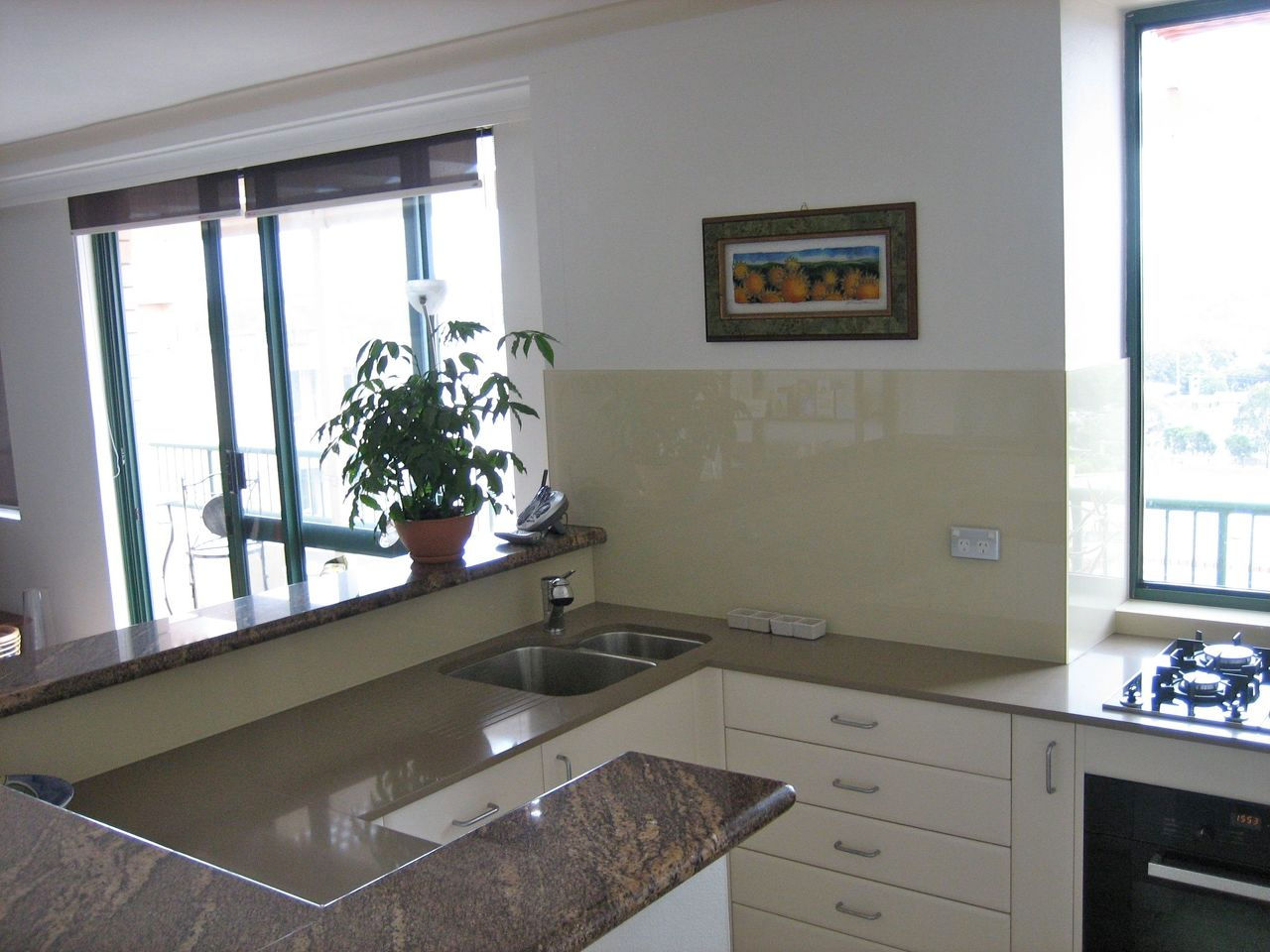Roys Kitchens And Fitouts