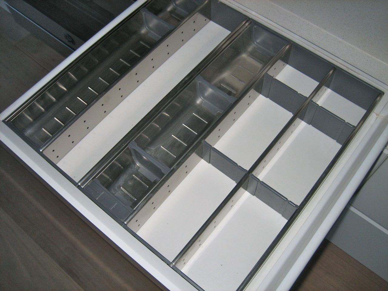 Roys Kitchens And Fitouts Drawers And Pantry