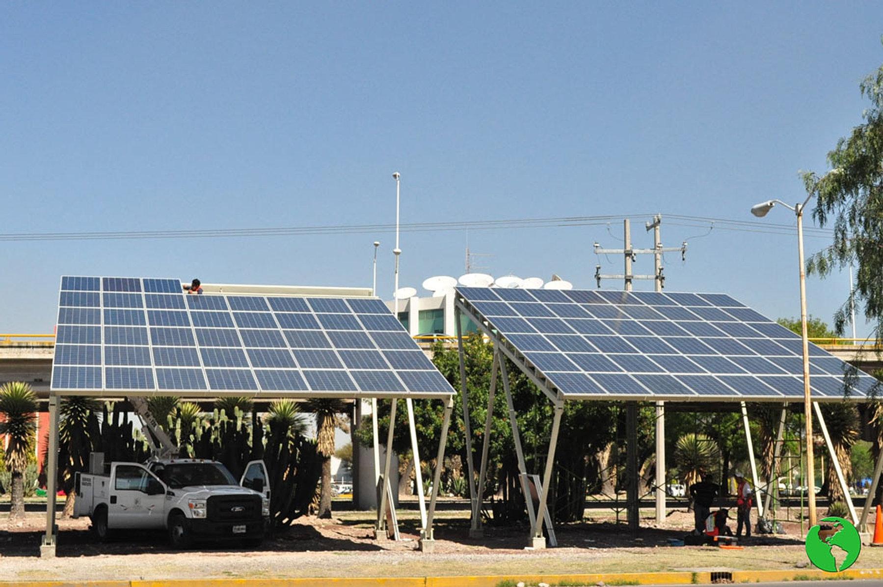 Luminarias solares para alumbrado publico tattoo design bild for Alumbrado solar jardin