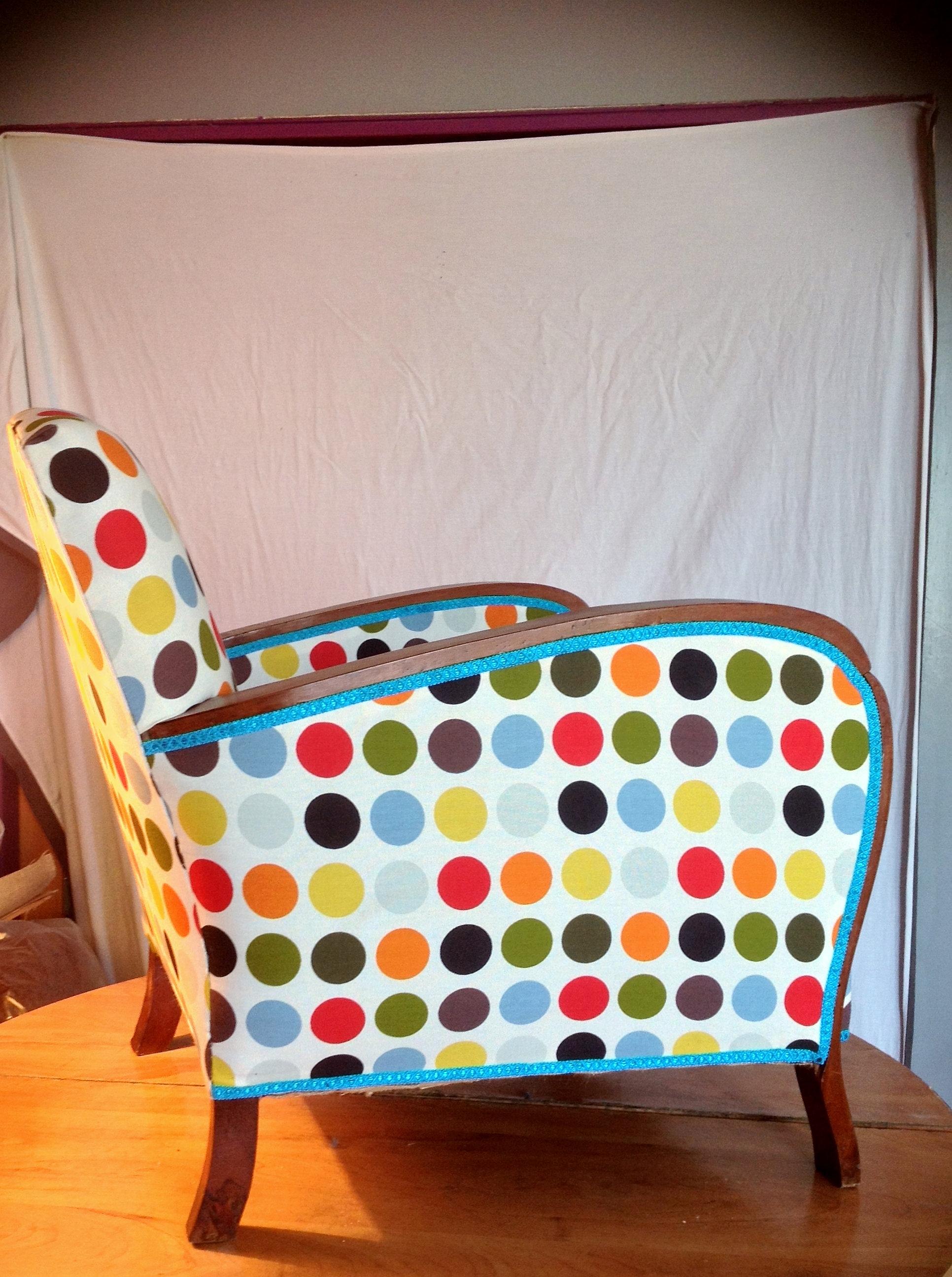tapissier baillargues refection fauteuils castries tarifs. Black Bedroom Furniture Sets. Home Design Ideas