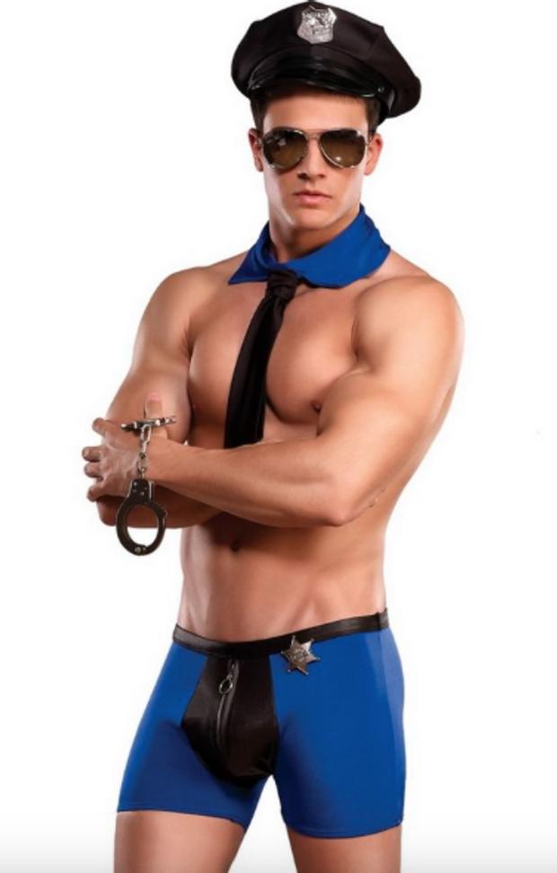 Resultado de imagen para disfraz de policia sexy hombre