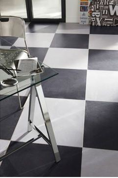 carrelage en grs crame x euros le m chez lapeyre with lino damier noir et blanc. Black Bedroom Furniture Sets. Home Design Ideas