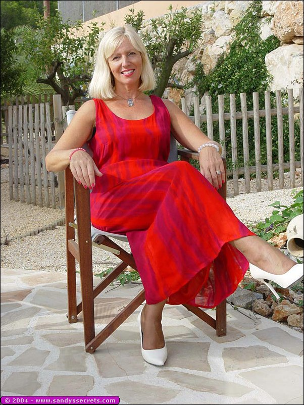 queen milf personals Craigslist provides local classifieds and forums for jobs, housing, for sale, services, local community, and events.