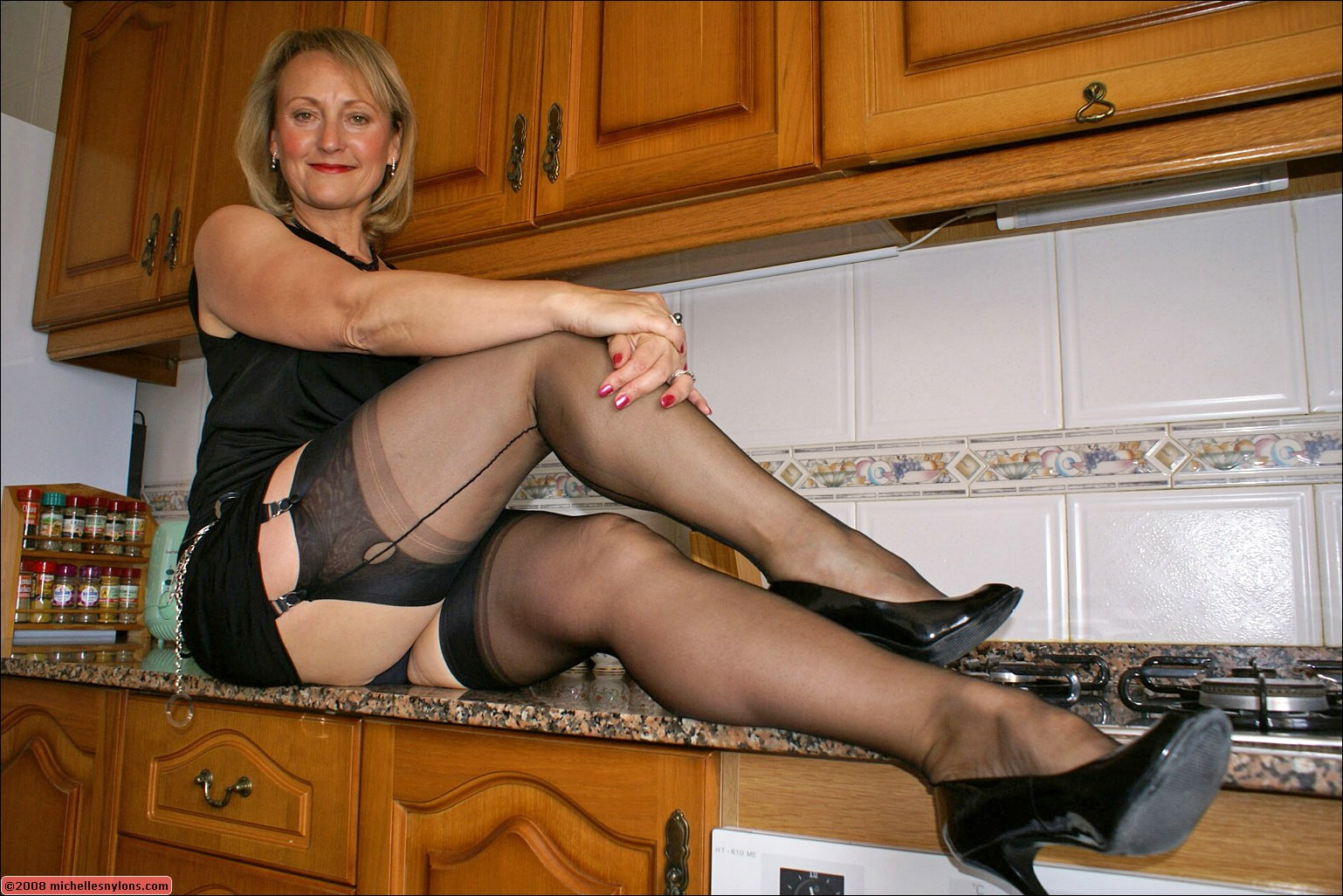 Michelles Nylons Free Pictures And Video From ...