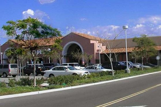 El paseo simi center hayes capital city simi valley california solutioingenieria Image collections