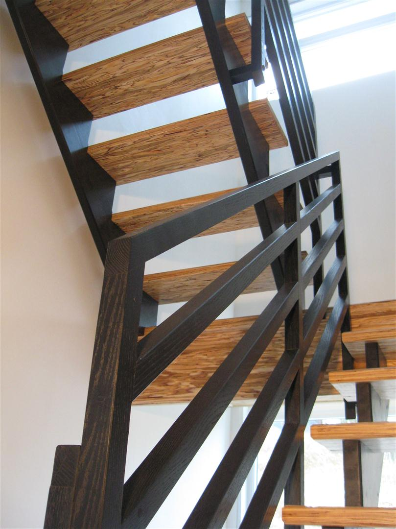 Epure escaliers charpente massive timberframe gdp for Photo escalier peint en noir