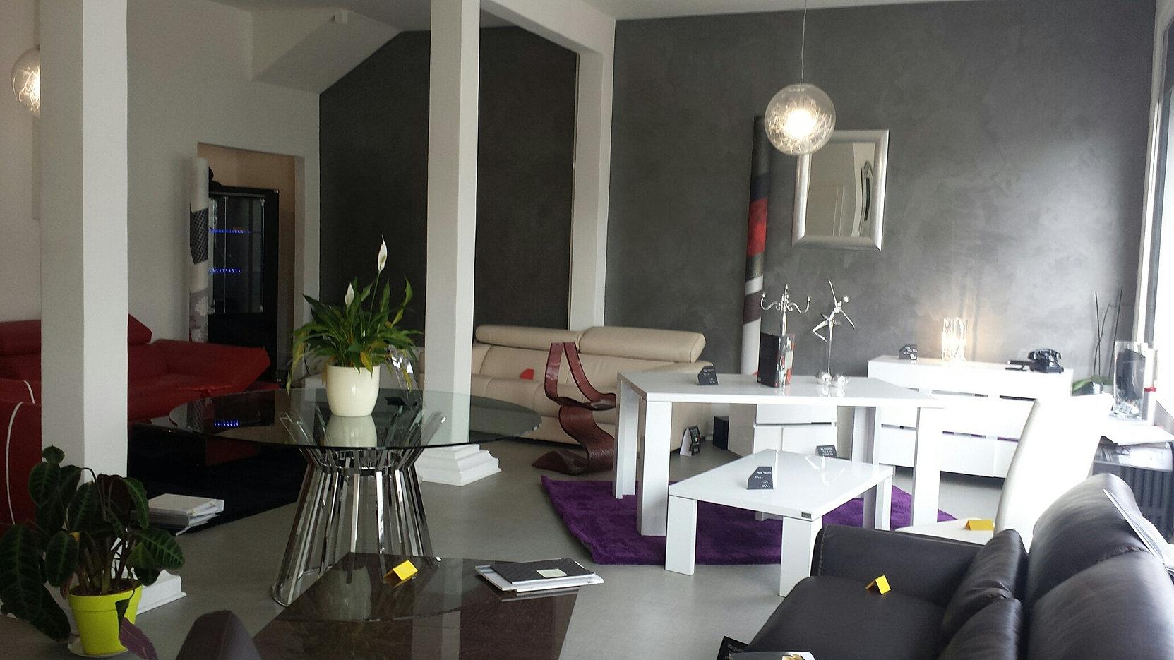 mise en scene vesoul mobilier haut de gamme contemporain. Black Bedroom Furniture Sets. Home Design Ideas