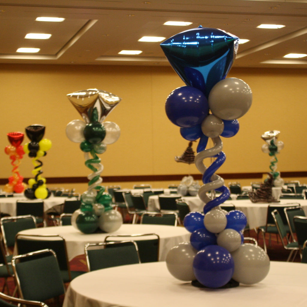 Balloongenuity ingenious balloon creativity central for Balloon decoration accessories