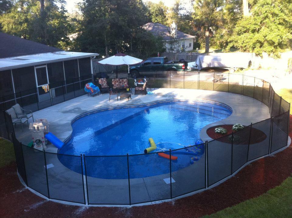 Barksdale custom pools tallahassee swimming pool builder for Tallahassee pool builders