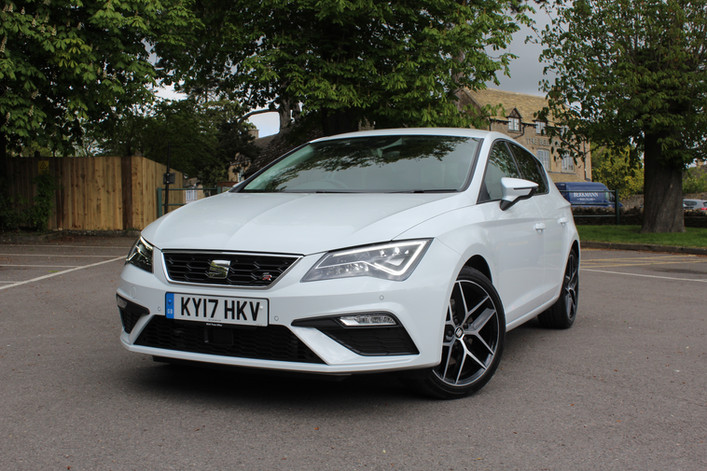 2017 seat leon 5dr 2 0 tdi 184ps dsg fr technology review. Black Bedroom Furniture Sets. Home Design Ideas