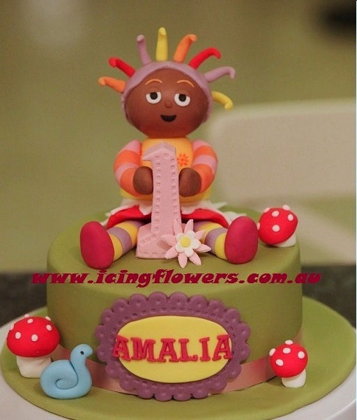 Upsy Daisy Cake Decoration : Icing Flowers sydney based affordable novelty cakes and ...