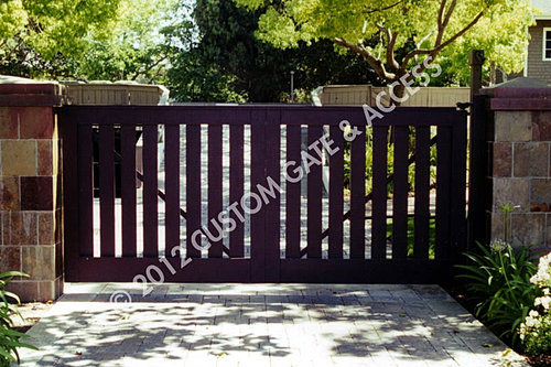 Custom gate access inc for Ready made driveway gates