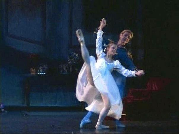 Michigan Ballet TheatreNutcrackerDecember 2005Choreography: Cornelia Sampson